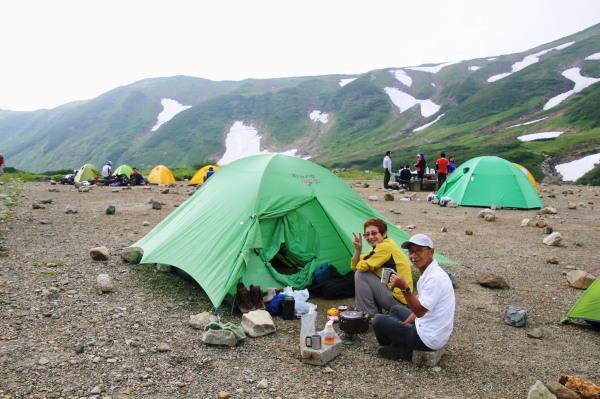 テント場で山完さんと・ブログ.jpg